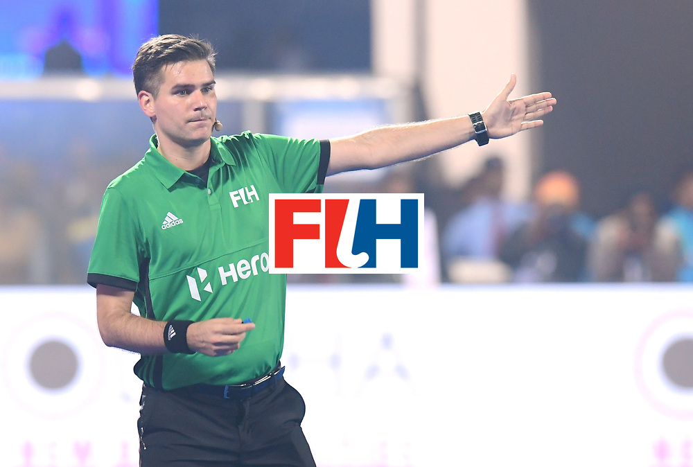 Odisha Men's Hockey World League Final Bhubaneswar 2017<br /> Match id:13<br /> Belgium v India<br /> Foto: Umpire Ben Goentgen<br /> COPYRIGHT WORLDSPORTPICS FRANK UIJLENBROEK
