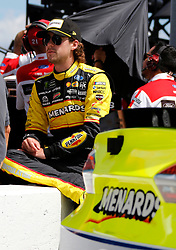 September 1, 2018 - Darlington, SC, U.S. - DARLINGTON, SC - SEPTEMBER 01:  Ryan Blaney, Team Penske, Ford Fusion Menards/Duracell (12) during qualifying for the 69th annual Bojangles Southern 500 on Saturday September 1, 2018 at Darlington Raceway in Darlington South Carolina (Photo by Jeff Robinson/Icon Sportswire) (Credit Image: © Jeff Robinson/Icon SMI via ZUMA Press)