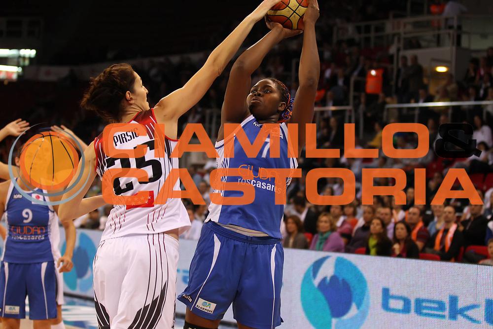 DESCRIZIONE : Istanbul Fiba Europe Euroleague Women 2011-2012 Final Eight Final Rivas Ecopolis Ros Casares Valencia<br /> GIOCATORE : Isabelle Yacoubou<br /> SQUADRA : Ros Casares Valencia<br /> EVENTO : Euroleague Women<br /> 2011-2012<br /> GARA : Rivas Ecopolis Ros Casares Valencia<br /> DATA : 01/04/2012<br /> CATEGORIA :<br /> SPORT : Pallacanestro <br /> AUTORE : Agenzia Ciamillo-Castoria/ElioCastoria<br /> Galleria : Fiba Europe Euroleague Women 2011-2012 Final Eight<br /> Fotonotizia : Istanbul Fiba Europe Euroleague Women 2011-2012 Final Eight Final Rivas Ecopolis Ros Casares Valencia<br /> Predefinita :