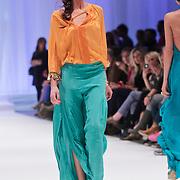 NLD/Amsterdam/20120320 - Modeshow Raak 2012 Amsterdam, Bibiane Bouquet