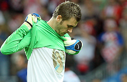 Goalkeeper Stipe Pletikosa of Croatia with t-shit of Holy Mary from Medugorje before penalty shots during the UEFA EURO 2008 Quarter-Final soccer match between Croatia and Turkey at Ernst-Happel Stadium, on June 20,2008, in Wien, Austria.  Won of Turkey after penalty shots. (Photo by Vid Ponikvar / Sportal Images)