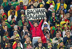 02.07.2010, Soccer City Stadium, Johannesburg, RSA, FIFA WM 2010, Viertelfinale, Uruguay (URU) vs Ghana (GHA) im Bild Fans of Ghana mit einem Schild Baghana Bagahna, EXPA Pictures © 2010, PhotoCredit: EXPA/ Sportida/ Vid Ponikvar, ATTENTION! Slovenia OUT