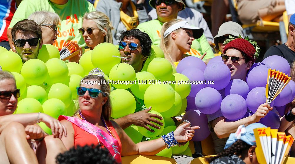 Fans, Finals Day, HSBC World Sevens Series, Westpac Stadium, Wellington, New Zealand. Sunday, 31 January, 2016. Copyright photo: John Cowpland / www.photosport.nz