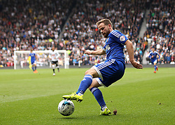 Alan Judge of Brentford controls the ball - Mandatory byline: Robbie Stephenson/JMP - 07966 386802 - 03/10/2015 - FOOTBALL - iPro Stadium - Derby, England - Derby County v Brentford - Sky Bet Championship