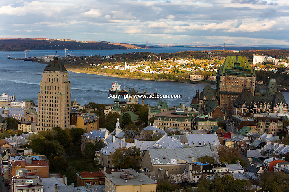 Canada. Quebec. the price building. art deco tower. fortifications and walls. general and aerial view of the city. the old city and the Saint Laurent river   / tout art deco ce l architecte Price . remparts , fortifications. vue generale et aerienne de la ville. la vielle ville et le fleuve Saint Laurent