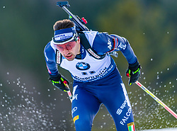 16.01.2020, Chiemgau Arena, Ruhpolding, GER, IBU Weltcup Biathlon, Sprint, Herren, im Bild Dominik Windisch (ITA) // Dominik Windisch of Italy during the men's sprint competition of BMW IBU Biathlon World Cup at the Chiemgau Arena in Ruhpolding, Germany on 2020/01/16. EXPA Pictures © 2020, PhotoCredit: EXPA/ Stefan Adelsberger