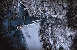 THEMENBILD - Sperre vom Verbund am klammsee in der Winterlandschaft, aufgenommen am 16. Januar 2019 in Kaprun, Oesterreich // Dam by the Verbund on Klammsee in the winter landscape in Kaprun, Austria on 2019/01/15. EXPA Pictures © 2019, PhotoCredit: EXPA/ JFK