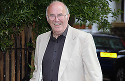 CLIVE JAMES at Sir David & Lady Carina Frost's annual summer party held in Carlyle Square, Chelsea, London on 5th July 2006.<br />