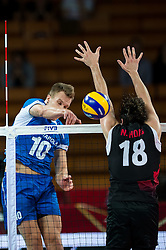 11.09.2014, Centennial Hall, Breslau, POL, FIVB WM, Kanada vs Finnland, 2. Runde, Gruppe F, im Bild Urpo Sivula finland #10 Nicholas Hoag canada #18 // Urpo Sivula finland #10 Nicholas Hoag canada #18 during the FIVB Volleyball Men's World Championships 2nd Round Pool F Match beween Canada and Finland at the Centennial Hall in Breslau, Poland on 2014/09/11. EXPA Pictures © 2014, PhotoCredit: EXPA/ Newspix/ Sebastian Borowski<br /> <br /> *****ATTENTION - for AUT, SLO, CRO, SRB, BIH, MAZ, TUR, SUI, SWE only*****
