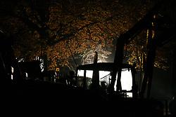 Am Rande der großen Anti-Atom-Kundgebung bei Dannenberg blockieren Landwirte eine der beiden möglichen Transportstrecken für den Castor. Sie verkeilen dazu mehrere Landmaschinen. <br /> <br /> Ort: Splietau<br /> Copyright: Malte Dörge<br /> Quelle: PubliXviewinG