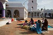 Minaret and courtyard of Dargah a Nagore.