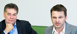 24.05.2017, Grüner Parlamentsklub, Wien, AUT, Grüne, Pressekonferenz mit Präsentation des neuen Chef des grünen Parlamentsklubs. im Bild v.l.n.r. Stv. Klubobmann und Budgetsprecher der Grünen Werner Kogler und designierter Klubobmann der Grünen Albert Steinhauser // f.l.t.r. Assistant-leader and budgetary speaksman of the greens Werner Kogler and Leader of the parliamentary group of the greens Albert Steinhauser during presentation of the new leader of the parliamentary group the greens in Vienna, Austria on 2017/05/24. EXPA Pictures © 2017, PhotoCredit: EXPA/ Michael Gruber