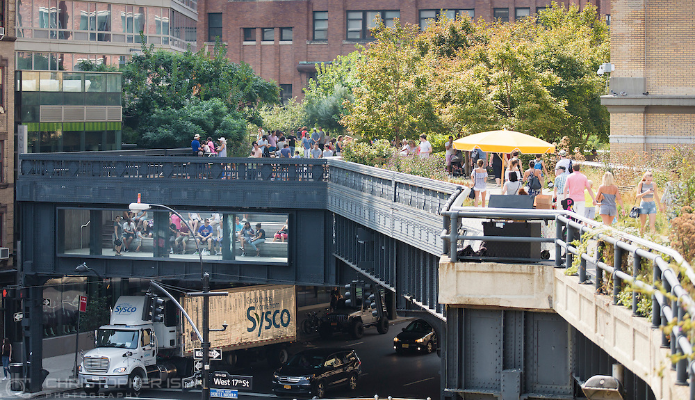 The High Line walk in Manhattan, New York. <br /> Picture date: Saturday September 10, 2016.<br /> Photograph by Christopher Ison &copy;<br /> 07544044177<br /> chris@christopherison.com<br /> www.christopherison.com<br /> Image provided to Cunard Line PR Department for unlimited global use.