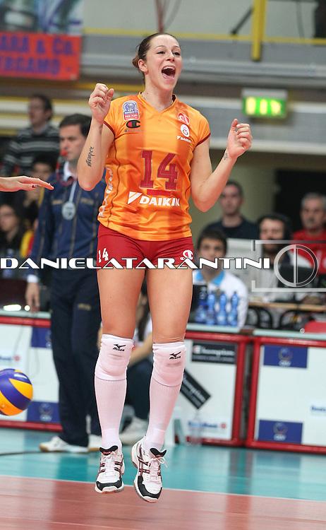 L'esultanza di Eleonora Lo Bianco (Unendo Yamamay Busto Arsizio - Galatasaray Daikin Istanbul)