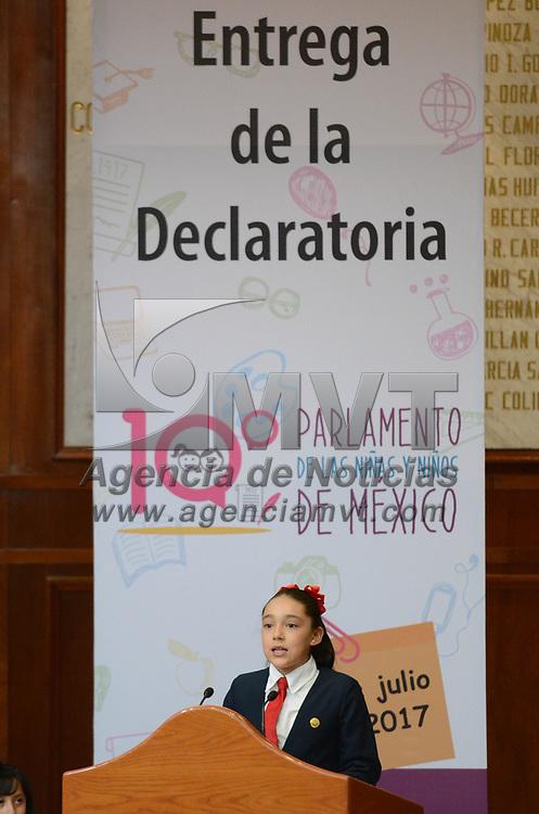 TOLUCA, México.- (Julio 07, 2017).- Entrega de la Declaratoria del 10º Parlamento de las Niñas y los Niños de México que se realizo en la Cámara de Diputados local. Agencia MVT / Arturo Hernández.