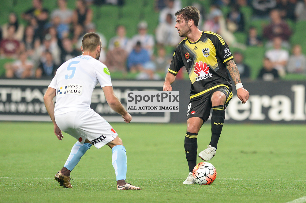 Ivan Franjic of Melbourne City, Thomas Doyle of Wellington Phoenix, Hyundai A-League, January 25th 2016, RD16 match between Melbourne City FC v Wellington Phoenix FC in a 3:01 win to City  at Aami Park,  Melbourne, Australia. © Mark Avellino | SportPix.org.uk