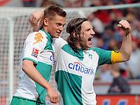 Jubel 0:1 v.l. Markus Rosenberg , Torsten Frings Bremen<br /> Bundesliga Bayer 04 Leverkusen - SV Werder Bremen 0:1<br /> <br /> Norway only