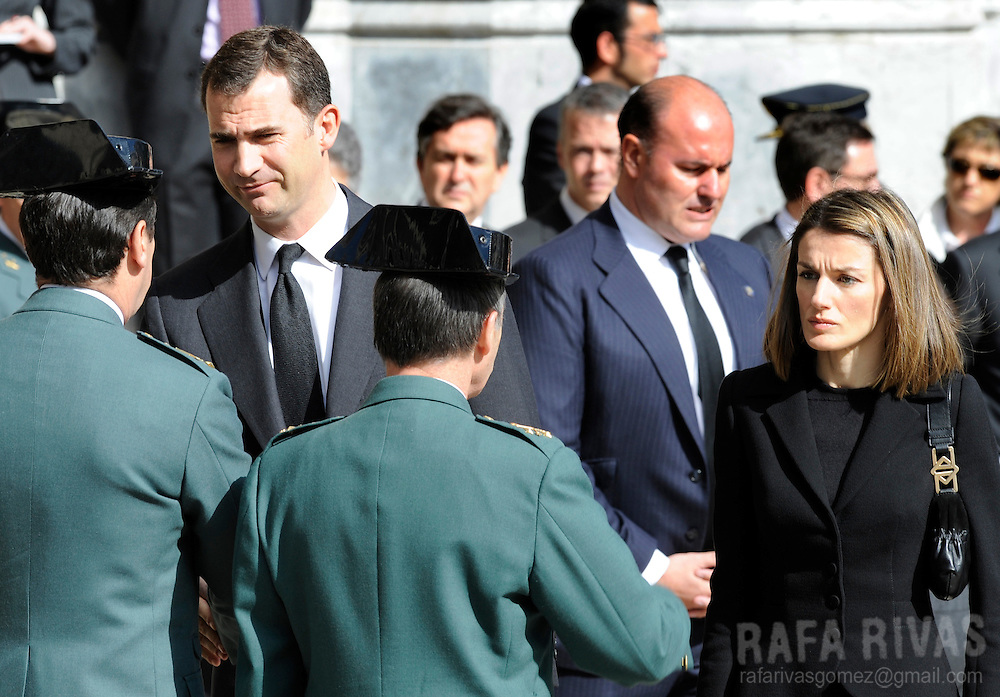 Spain's Princess Letizia Ortiz (R) and her husband Prince Felipe Borbon (L), attend funerals for Civil Guard member, Juan Pinuel Villalon, (killed by Basque separatist terrorist group ETA) at the northern Spanish Basque town of Vitoria's cathedral, on May 15, 2008. Photo Rafa RIVAS