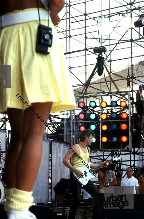 Live Aid Vibes