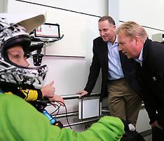 Rotorua-Prime Minister John Key meets with mountain bikers