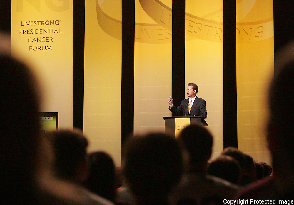 28 August 2007: Republican presidential hopeful and Senator Sam Brownback (R-KS) delivers his opening comments at the LIVESTRONG Presidential Cancer Forum in Cedar Rapids, Iowa on August 28, 2007.
