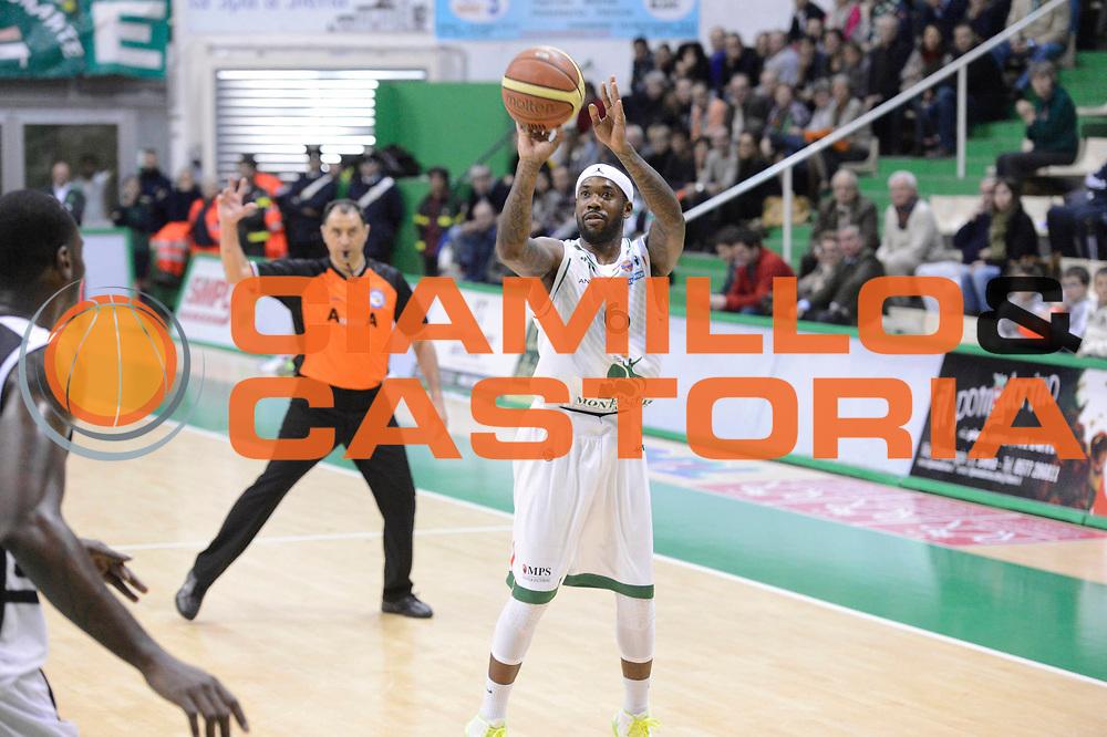DESCRIZIONE : Siena Lega A 2012-13 Montepaschi Siena Juve Caserta<br /> GIOCATORE : Bobby Brown<br /> CATEGORIA : three points<br /> SQUADRA : Montepaschi Siena<br /> EVENTO : Campionato Lega A 2012-2013 <br /> GARA : Montepaschi Siena Juve Caserta<br /> DATA : 18/11/2012<br /> SPORT : Pallacanestro <br /> AUTORE : Agenzia Ciamillo-Castoria/GiulioCiamillo<br /> Galleria : Lega Basket A 2012-2013  <br /> Fotonotizia : Siena Lega A 2012-13 Montepaschi Siena Juve Caserta<br /> Predefinita :