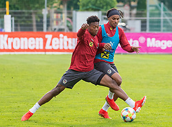 02.06.2018, Woerthersee Stadion, Klagenfurt, AUT, ÖFB Nationalteam, Training, im Bild v.l. David Alaba (AUT), Valentino Lazaro (AUT) // v.l. David Alaba of Austria Valentino Lazaro of Austria during a Trainingssession of Austrian National Footballteam at the Woerthersee Stadion in Klagenfurt, Austria on 2018/06/02. EXPA Pictures © 2019, PhotoCredit: EXPA/ Johann Groder