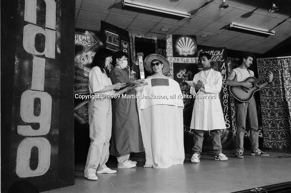 Rip it Up. A Sheffield Popular Productions show about NHS cuts sponsored by NALGO & COHSE. 18/10/89.