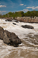 This is Great Falls Park of the National Park Service. This is where the Potomac River builds up speed and force as it falls over a series of steep, jagged rocks and flows through the narrow Mather Gorge.