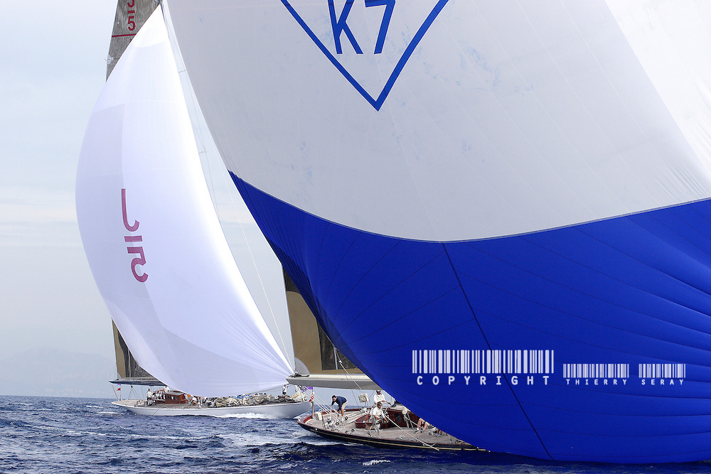 SHAMROCK V AND RANGER.VOILES DE SAINT TROPEZ 2007. COPYRIGHT : THIERRY SERAY