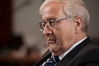 21 JAN 2010, BERLIN/GERMANY:<br /> Rainer Bruederle, FDP, Bundeswirtschaftsminister, waehrend einem Interview, in seinem Buero, Bundesministerium fuer Wirtschaft und Technologie<br /> IMAGE: 20100121-03-052<br /> KEYWORDS: Rainer Brüderle