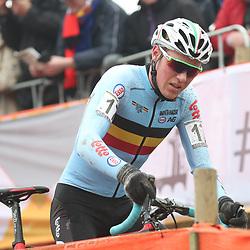 27-01-2017: Wielrennen: Wereldkampioenschap veldrijden: Luxemburg<br />BIELES (LUX) cyclocross  <br />De Bleg Timo Kielich kon zijn medaille ambities in de kast zetten na een schuiver