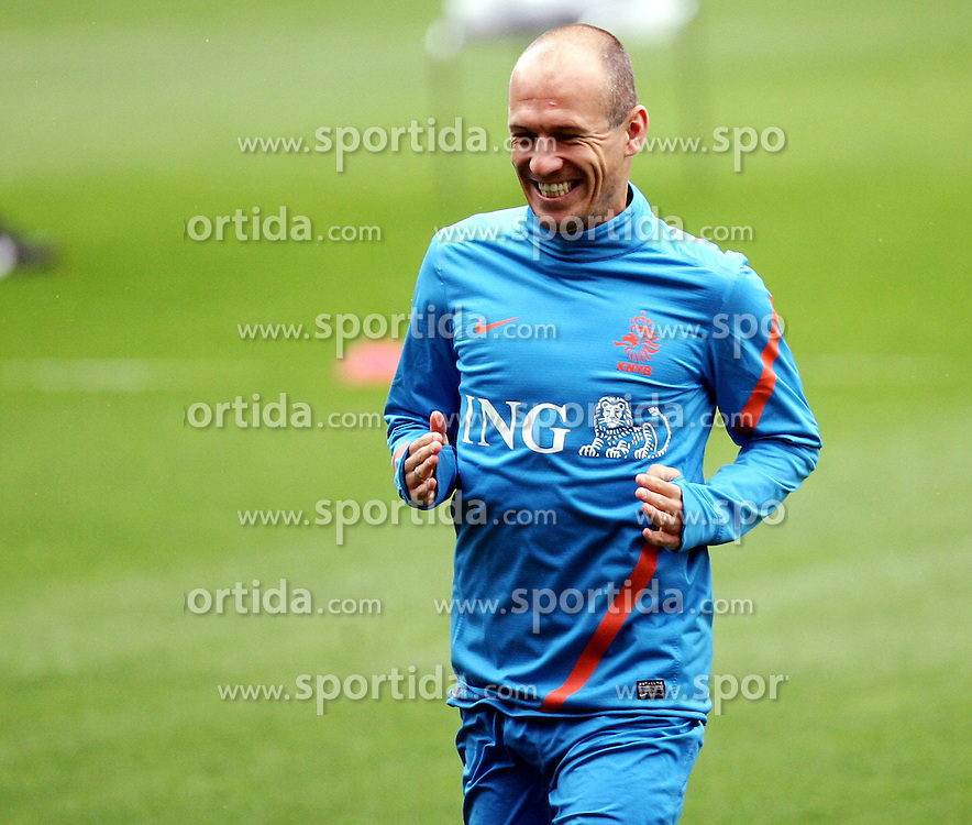 05.06.2012, Henryk Reyman Stadion, Krakau, POL, UEFA EURO 2012, Niederlande, Training, im Bild ARJEN ROBBEN // during EURO 2012 Trainingssession of Netherland Nationalteam, at the Henryk Reyman Stadium, Krakau, Poland on 2012/06/05. EXPA Pictures © 2012, PhotoCredit: EXPA/ Newspix/ Michael Nowak..***** ATTENTION - for AUT, SLO, CRO, SRB, SUI and SWE only *****