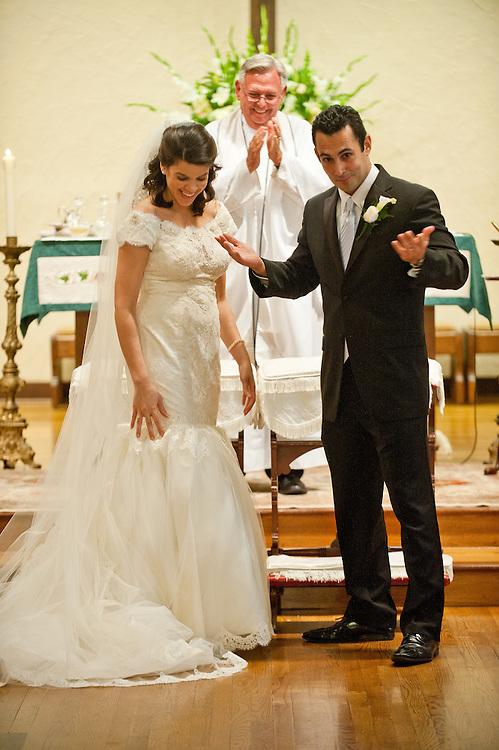 10/9/11 5:48:54 PM -- Zarines Negron and Abelardo Mendez III wedding Sunday, October 9, 2011. Photo©Mark Sobhani Photography