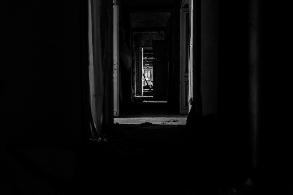 #CasaleMonferrato, Piedmont, site of the abandoned #Eternit factory.<br /> Inside the offices building.