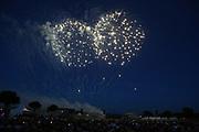 Mannheim. 29.07.17 | ID 042 |<br /> Maimarktgel&auml;nde. Pyrogames. Feuerwerker in vier Teams z&uuml;nden ihre Feuerwerkchoreografien ab und lassen sich vom Publikum bewerten. <br /> <br /> Bild: Markus Pro&szlig;witz 29JUL17 / masterpress