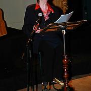 NLD/Amsterdam/20110520 - Lancering website tv programma Ja Zuster, Nee Zuster, Hetty Blok met haar pianist
