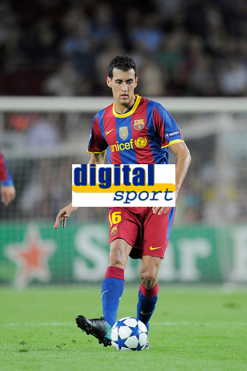 FOOTBALL - CHAMPIONS LEAGUE 2010/2011 - GROUP STAGE - GROUP D - FC BARCELONA v PANATHINAIKOS - 14/09/2010 - PHOTO JEAN MARIE HERVIO / DPPI - SERGIO BUSQUETS (BAR)