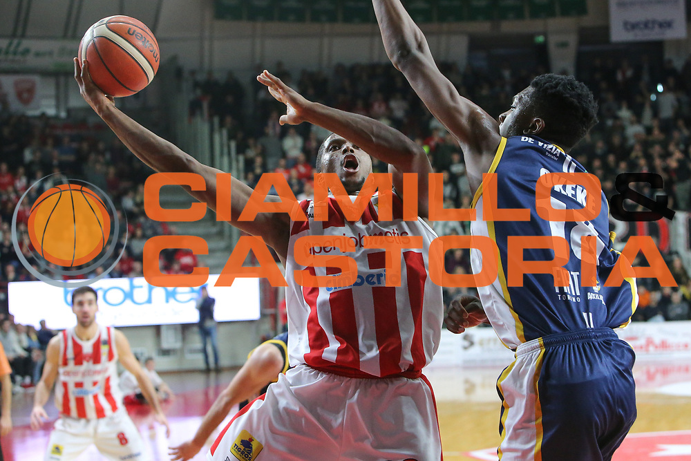Wells Cameron<br /> Openjobmetis Varese - Fiat Torino<br /> Lega Basket Serie A 2017/2018<br /> Varese, 14/01/2018<br /> Foto Ciamillo - Castoria