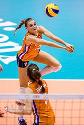 23-08-2017 NED: World Qualifications Belgium - Netherlands, Rotterdam<br /> De Nederlandse volleybalsters hebben op het WK-kwalificatietoernooi ook hun tweede duel in winst omgezet. Oranje overklaste Belgi&euml; en won met 3-0 (25-18, 25-18, 25-22). Eerder werd Griekenland ook al met 3-0 verslagen / Nika Daalderop #19 of Netherlands