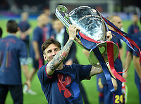 FUSSBALL  CHAMPIONS LEAGUE  FINALE  SAISON 2014/2015  06.06.2015 Juventus Turin - FC Barcelona JUBEL CHL Sieger 2015  FC Barcelona: Lionel Messi mit Pokal