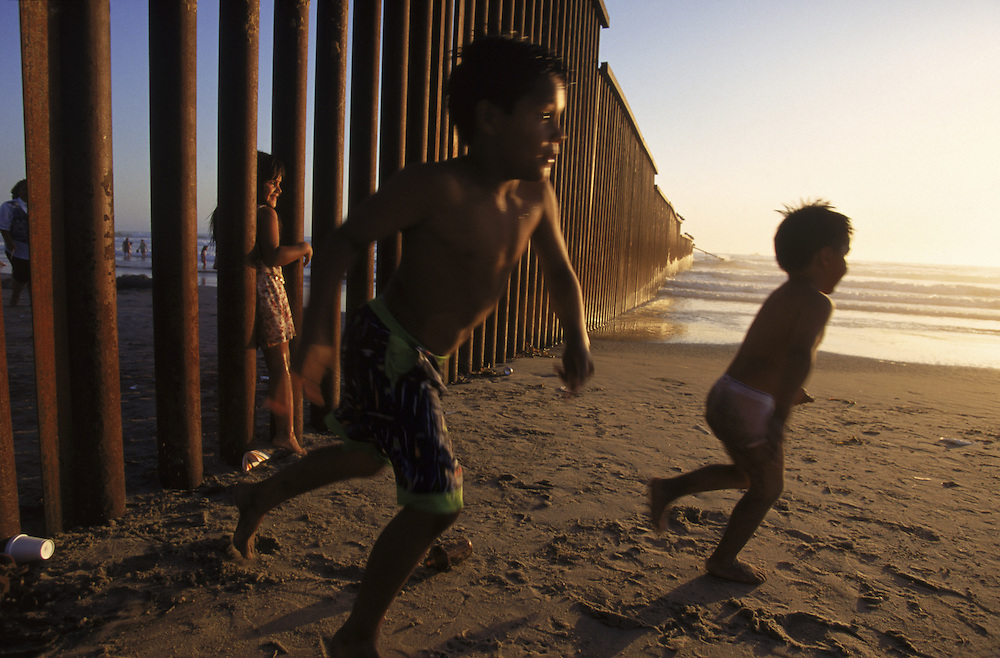 Children At The Us Mexican Border Fence Todd Bigelow
