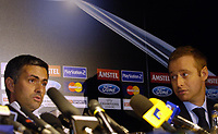 Fotball<br /> Foto: BPI/Digitalsport<br /> NORWAY ONLY<br /> <br /> 19.10.2004<br /> Chelsea FC Champions League <br /> PC and training, Stamford Bridge<br /> <br /> The Chelsea Press Officer keeps a close eye on Jose Mourinho as talk of the Adrian Mutu controversy is banned at the press conference