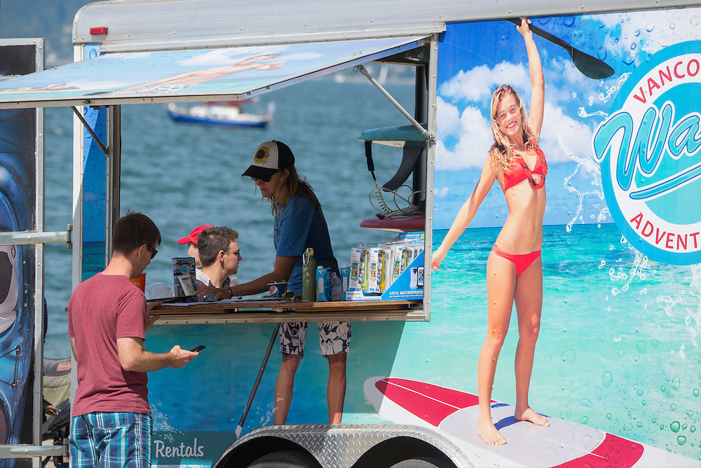 Canada, British Columbia, Vancouver ,English Bay, Kitsilano Beach, University Peninsula, food cart