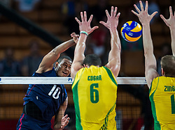 07.09.2014, Jahrhunderthalle, Breslau, POL, FIVB WM, Australien vs Venezuela, Gruppe A, im Bild Kervin Pinerua venezuela #10 Thomas Edgar australia #6 Aidan Zingel australia #1 // Kervin Pinerua venezuela #10 Thomas Edgar australia #6 Aidan Zingel australia #1 // during the FIVB Volleyball Men's World Championships Pool A Match beween Australia and Venezuela at the Jahrhunderthalle in Breslau, Poland on 2014/09/07<br /> <br /> ***NETHERLANDS ONLY***