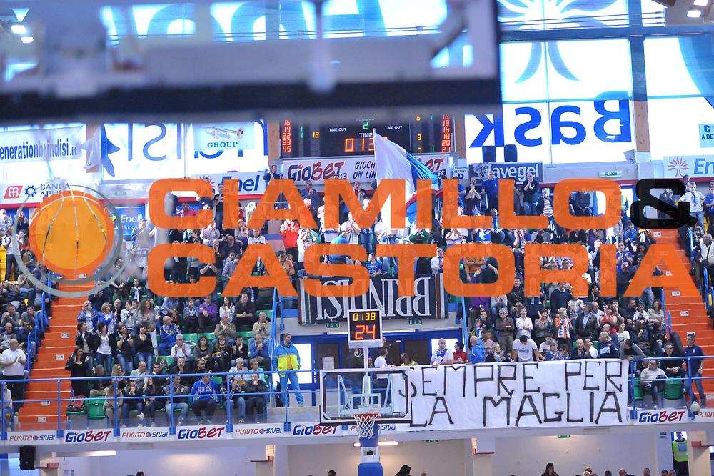DESCRIZIONE : Brindisi Lega A 2012-13 Enel Brindisi Angelico Biella<br /> GIOCATORE : Tifosi<br /> CATEGORIA : Tifosi<br /> SQUADRA : Enel Brindisi<br /> EVENTO : Campionato Lega A 2012-2013 <br /> GARA : Enel Brindisi Angelico Biella<br /> DATA : 14/04/2013<br /> SPORT : Pallacanestro <br /> AUTORE : Agenzia Ciamillo-Castoria/V.Tasco<br /> Galleria : Lega Basket A 2012-2013  <br /> Fotonotizia : Brindisi Lega A 2012-13 Enel Brindisi Angelico Biella