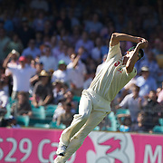 Mitchell Johnson catches Umar Akmal off the bowling of Doug Bollinger during the Australia V Pakistan 2nd Cricket Test match at the Sydney Cricket Ground, Sydney, Australia, 6 January 2010. Photo Tim Clayton