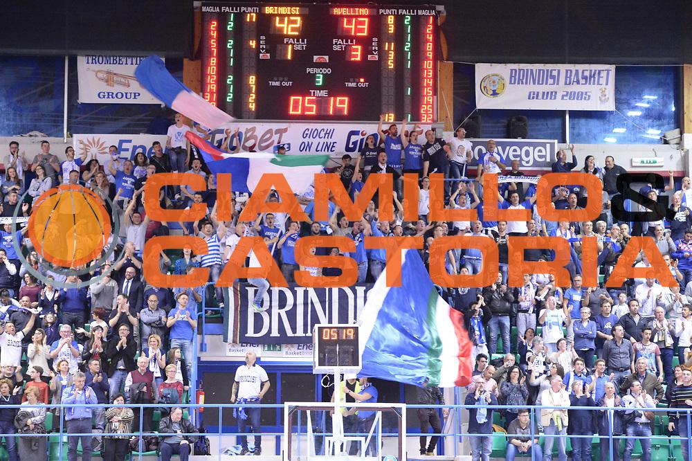 DESCRIZIONE : Brindisi Lega A 2014-15 <br /> Enel Brindisi Sidigas Avellino<br /> GIOCATORE : tifosi Enel Brindisi<br /> CATEGORIA : Tifosi<br /> SQUADRA : Enel Brindisi<br /> EVENTO : Lega A 2014-15 <br /> GARA : Enel Brindisi Sidigas Avellino<br /> DATA : 27/04/2015<br /> SPORT : Pallacanestro<br /> AUTORE : Agenzia Ciamillo-Castoria/M.Longo<br /> Galleria : Lega Basket A 2014-2015<br /> Fotonotizia : Brindisi Lega A 2014-15 <br /> Enel Brindisi Sidigas Avellino<br /> Predefinita :