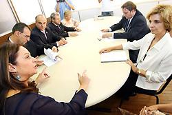 A governadora eleita do Rio Grande do Sul, Yeda Crusius durante visita a defensora pública-geral do Estado, Maria de Fátima Paludo. FOTO: Jefferson Bernardes/Preview.com