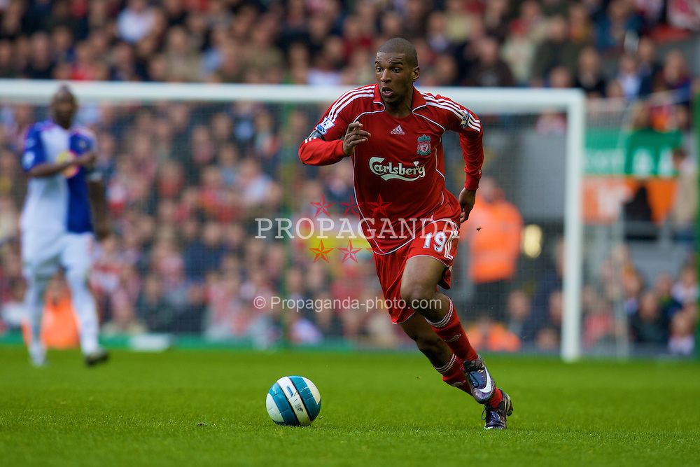 LIVERPOOL, ENGLAND - Sunday, April 13, 2008: Liverpool's Ryan Babel in action against Blackburn Rovers during the Premiership match at Anfield. (Photo by David Rawcliffe/Propaganda)